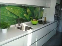 Все просто —  Стеклянная плитка для кухни: красотища!  || STROIM-GRAMOTNO.RU