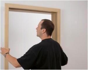 Все просто —  Как установить деревянную дверь самостоятельно  || STROIM-GRAMOTNO.RU