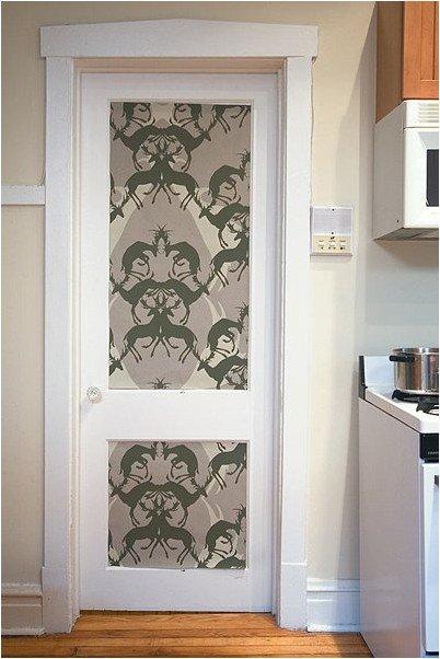 Как задекорировать дверь